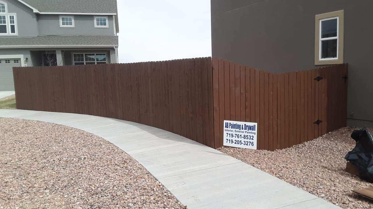 Fence Staining Colorado Springs